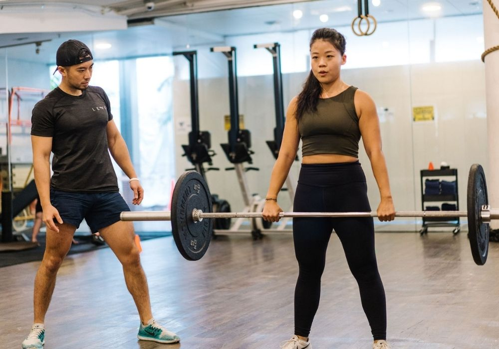 Are light weights better than heavy weights for women - Ling