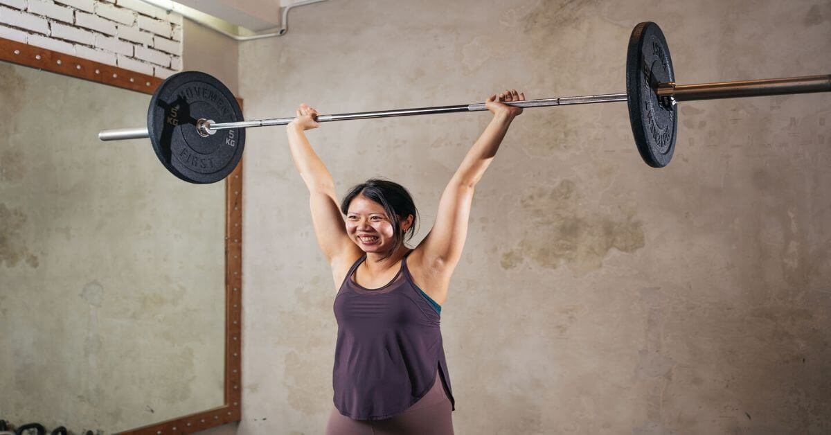 Is training with light weights better than heavy weights for women?-Evadne Woon