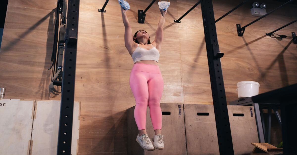 What are the benefits of lifting weights for women?-Jasmine Chan