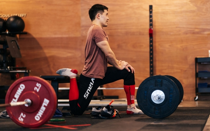 Daniel Tan - Warming Up for Olympic Weightlifting
